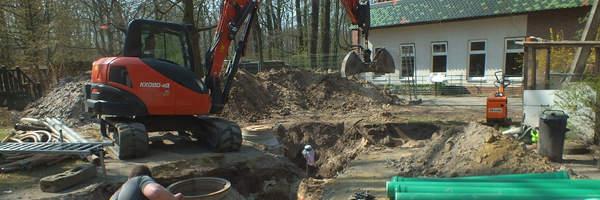 Bauarbeiten im Kinderzoo/Roboty budowlane w mini zoo